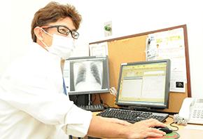 呼吸器内科診療風景